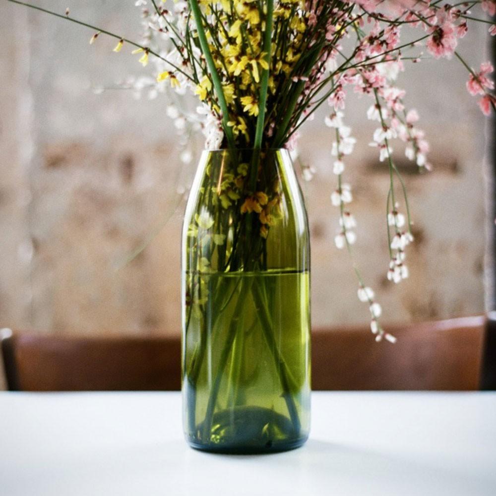 Rire Magnum vase Q de bouteilles