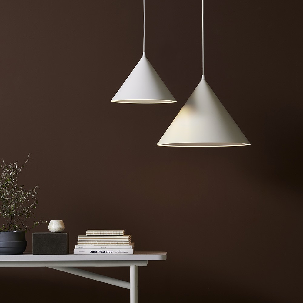 Annular Large hanglamp wit Woud
