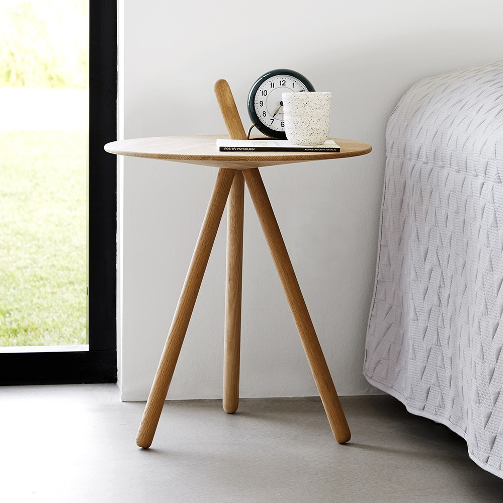 Come Here side table smoked oak Woud