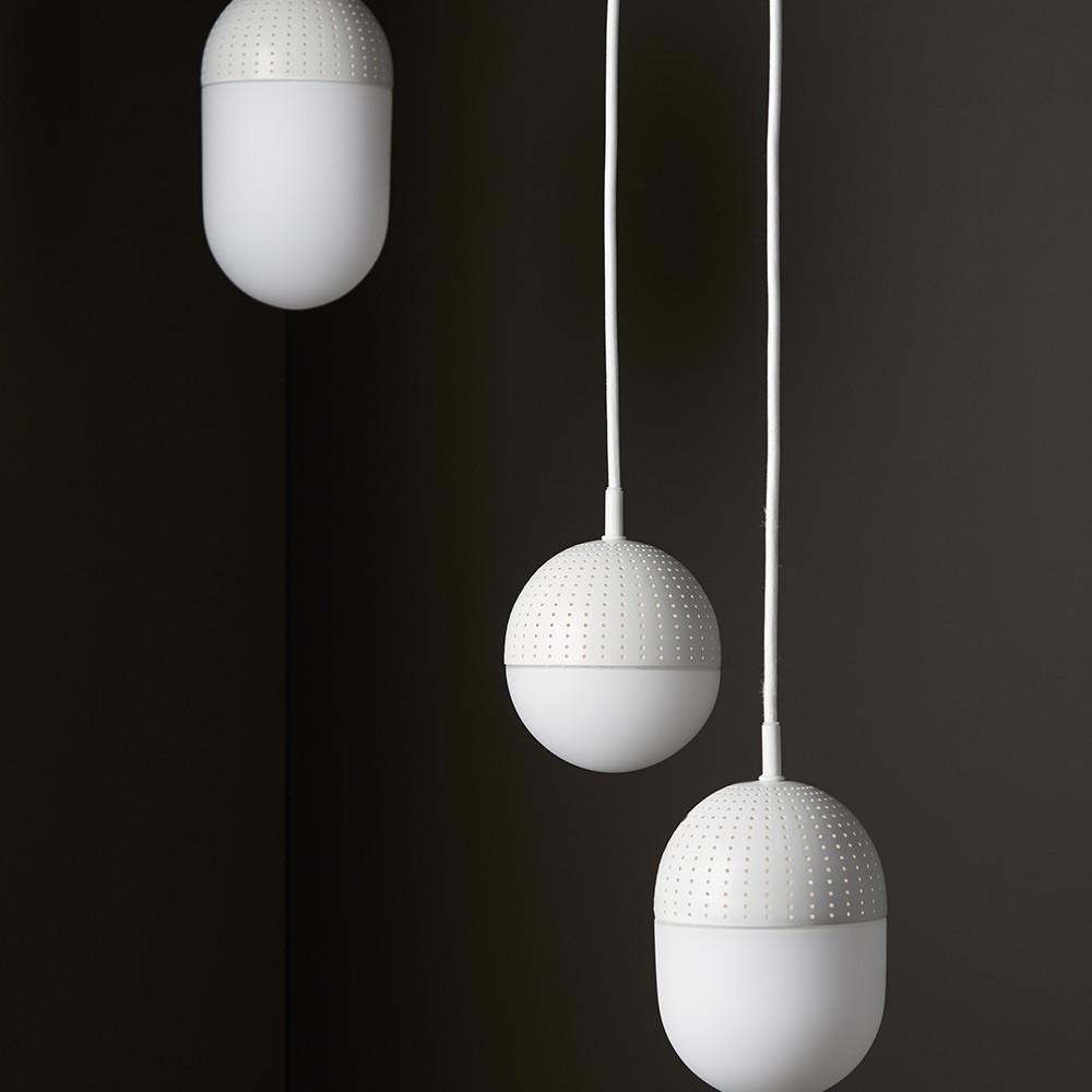 Dot pendant white M Woud