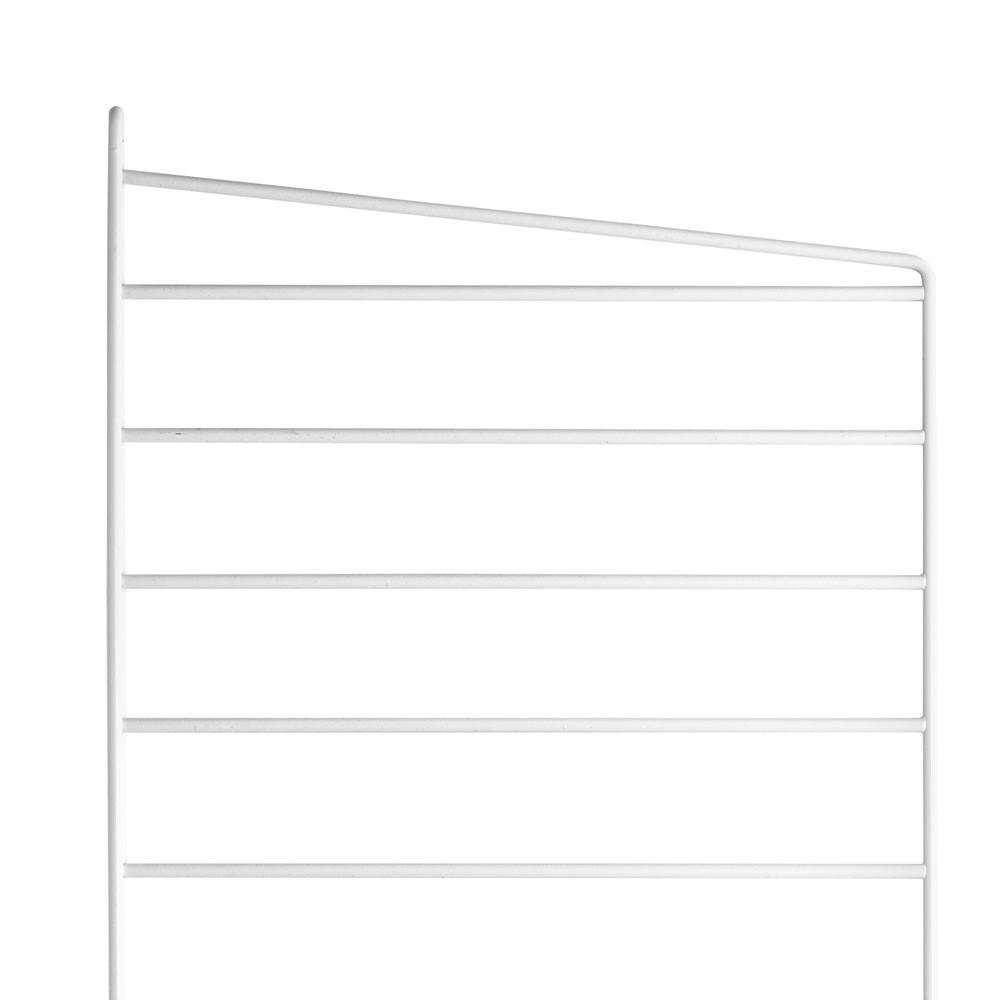 White floor panel(s) - String system String
