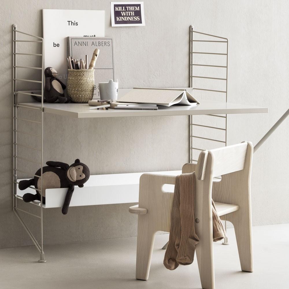 Beige bureau - String systeem String Furniture