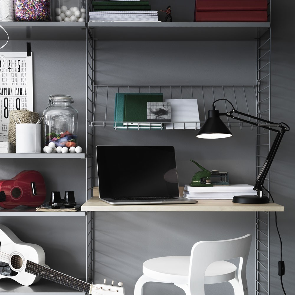 Zwart metalen beursplank - String-systeem String Furniture