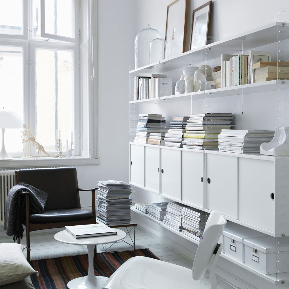 White cabinet with sliding doors - String system String