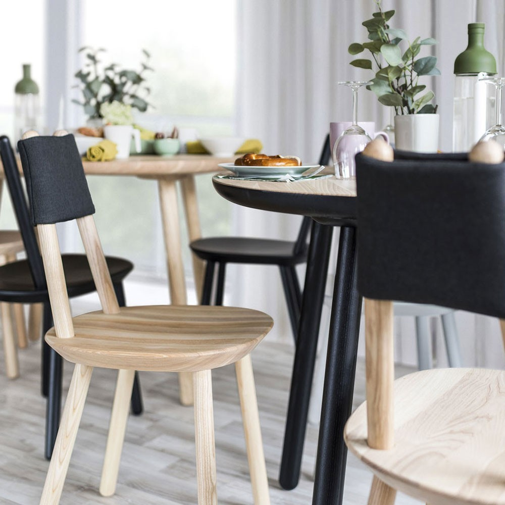 Naïeve eettafel grijs Ø110cm Emko