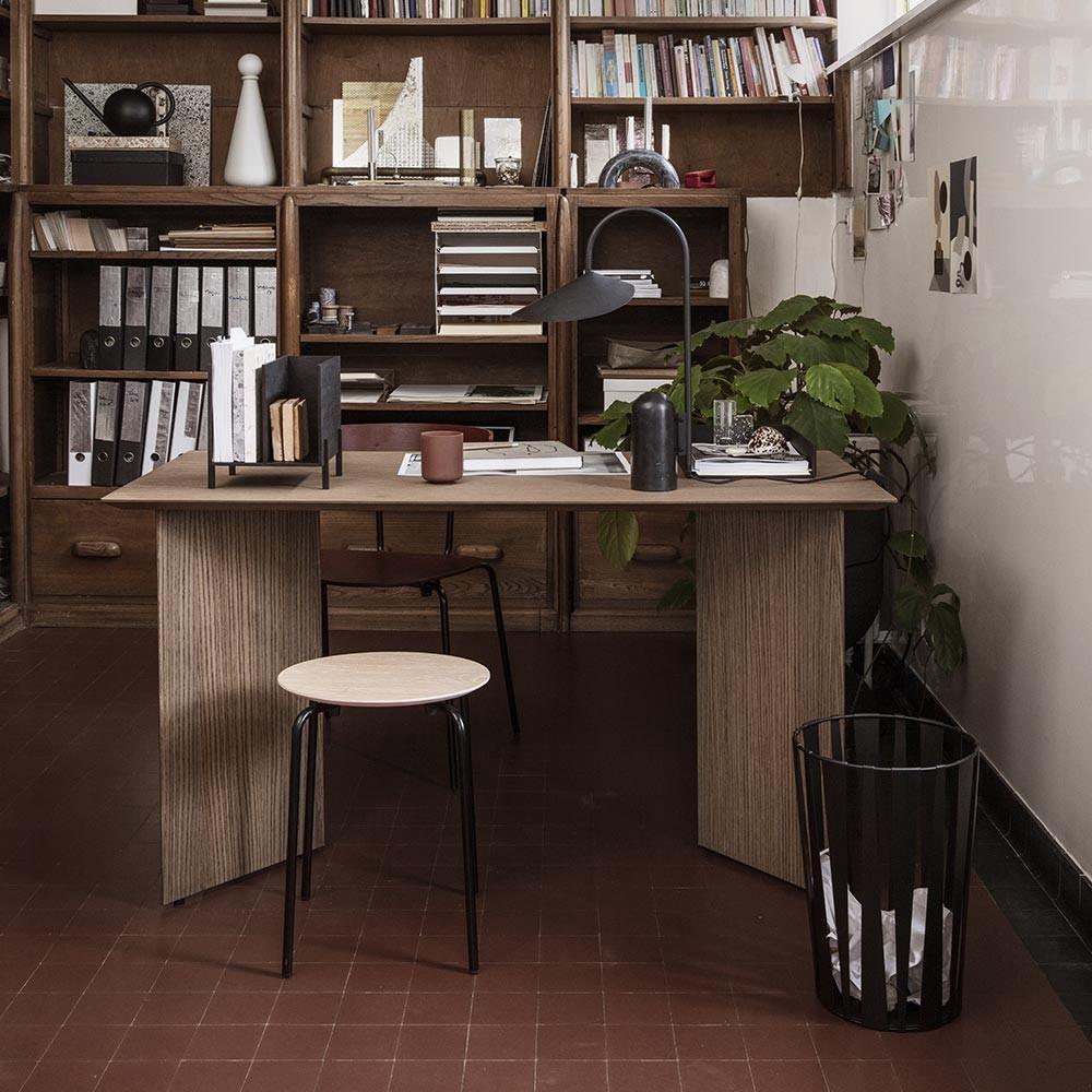 Bureau Mingle 135 cm chêne foncé Ferm Living
