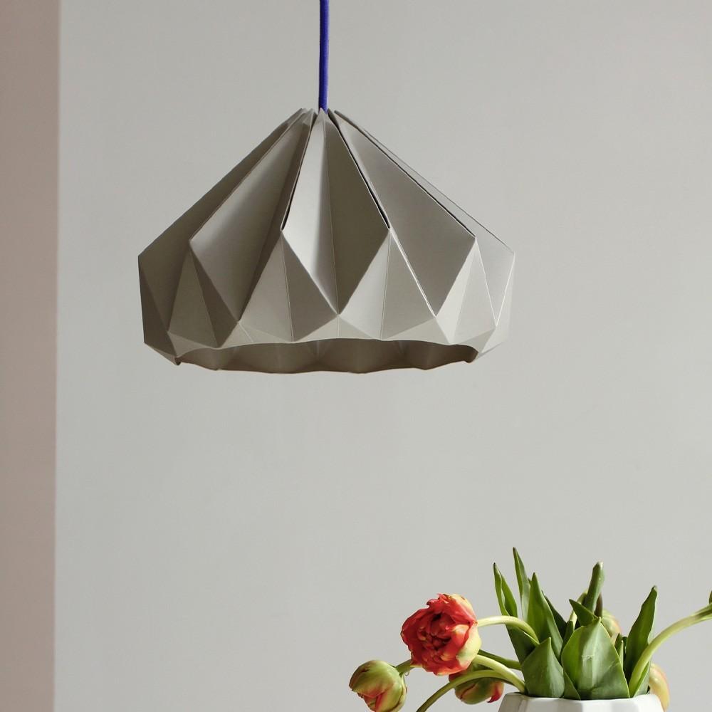 Origami hanger in bruin kastanjepapier Snowpuppe