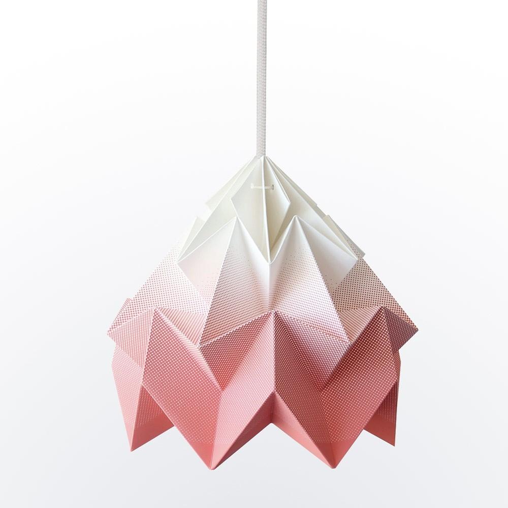 Origami hanglamp in verloop van koraal mottenpapier Snowpuppe