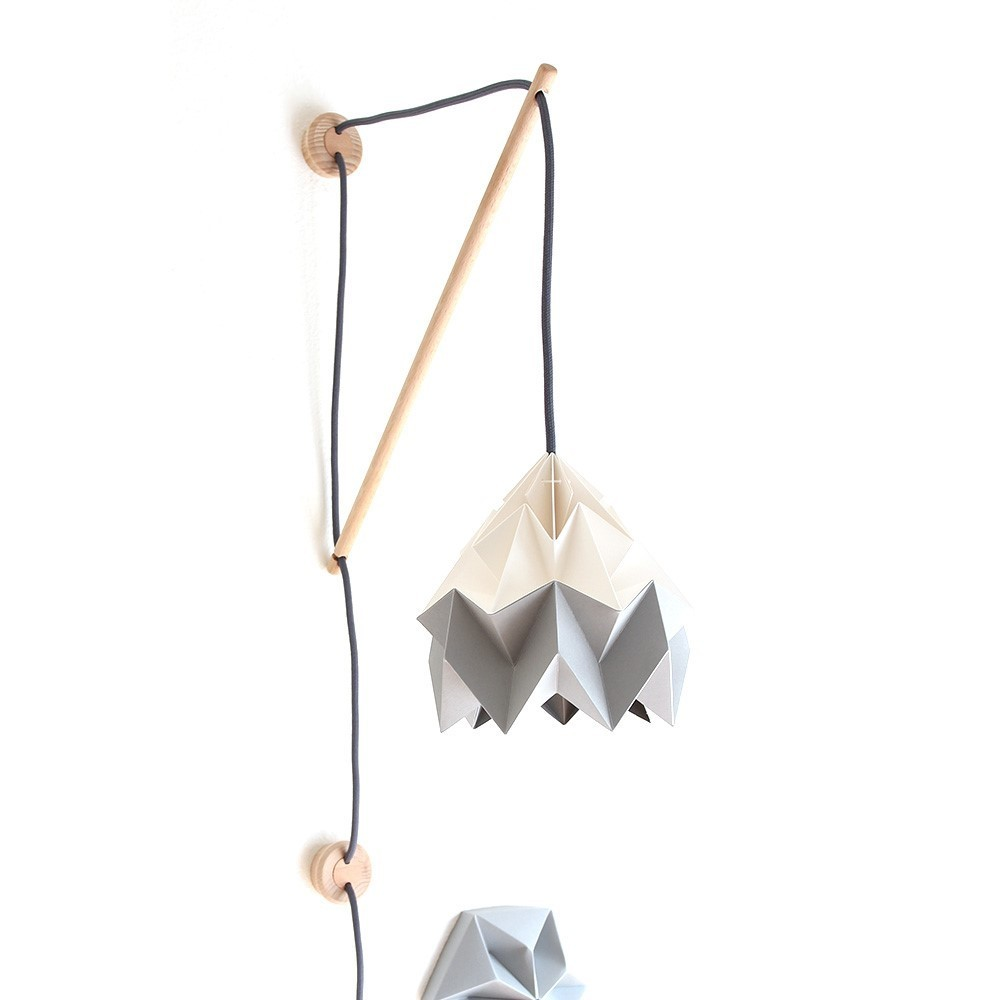 Wall fixture Klimoppe with Moth lamp white & grey Snowpuppe