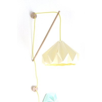 Wall fixture Klimoppe with Chestnut lamp canary yellow Snowpuppe