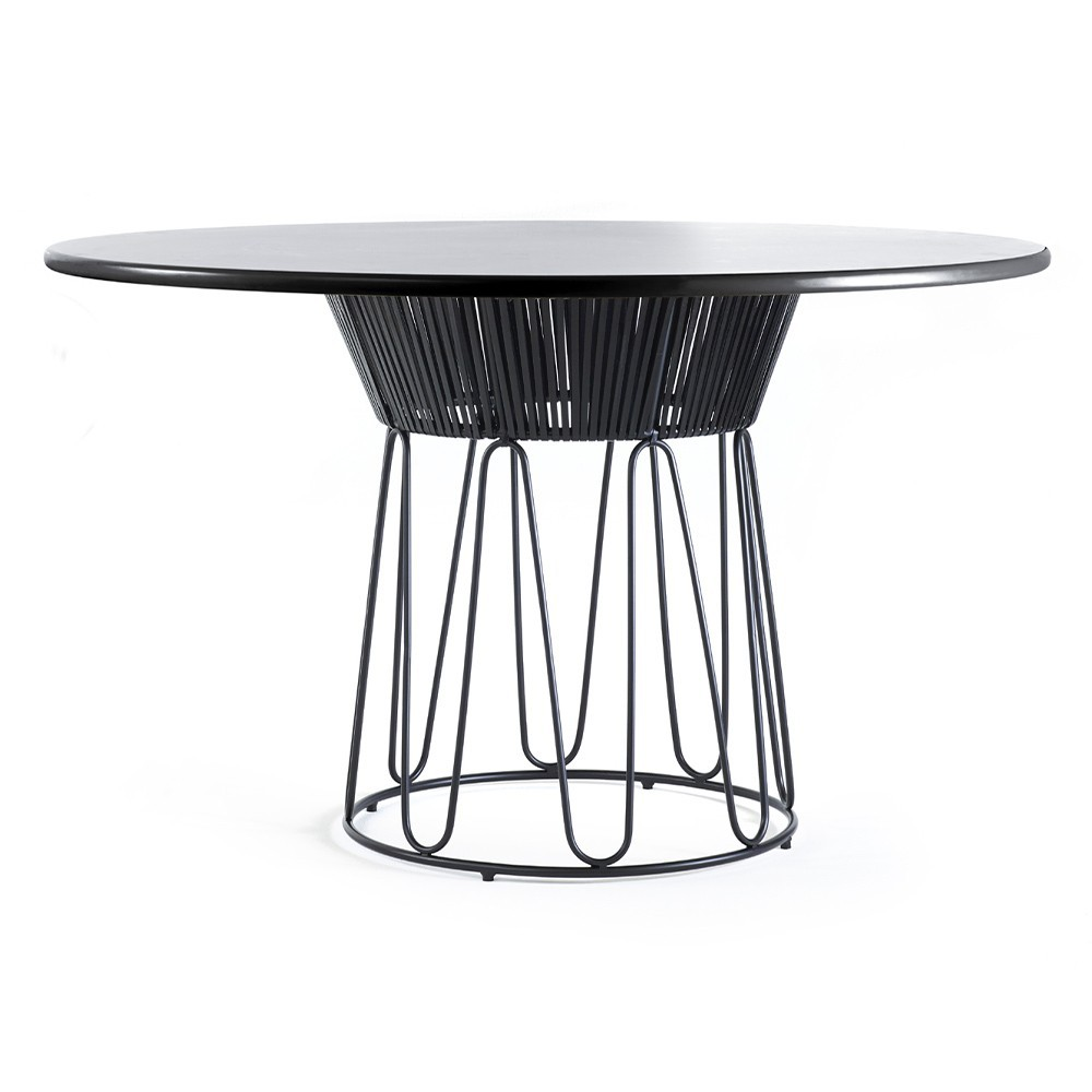 Circo dining table leather black ames