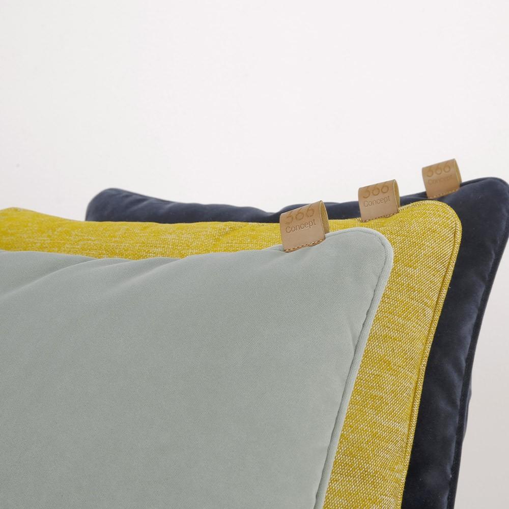 Sky blue square cushion Velvet 366 Concept