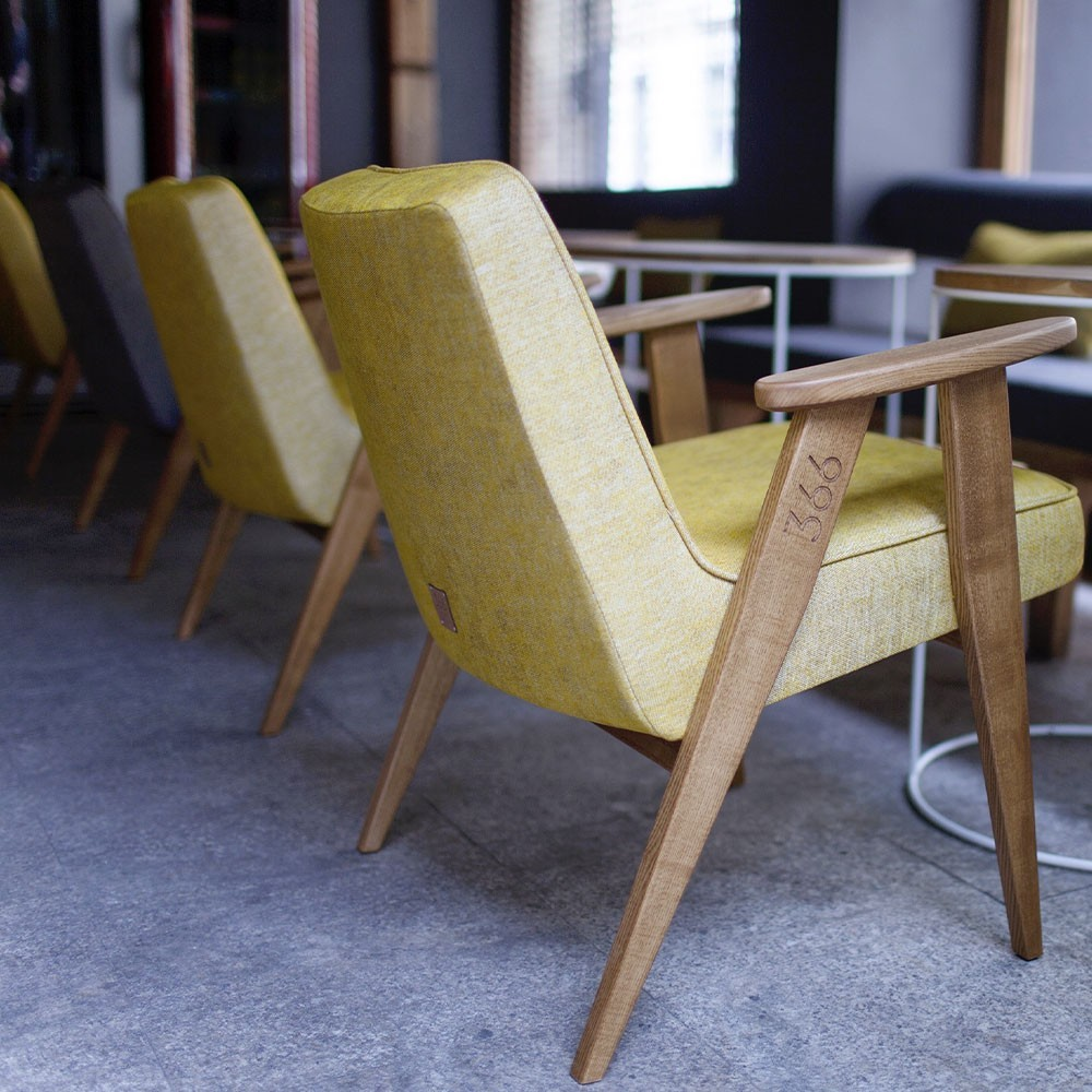 366 Loft armchair silver 366 Concept