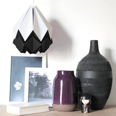 Hanahi pendant lamp paper white & black Tedzukuri Atelier