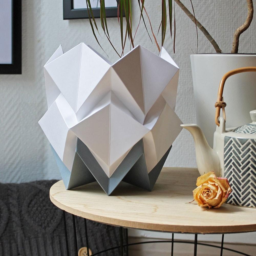 Lampe à poser Hikari papier blanc & gris foncé Tedzukuri Atelier