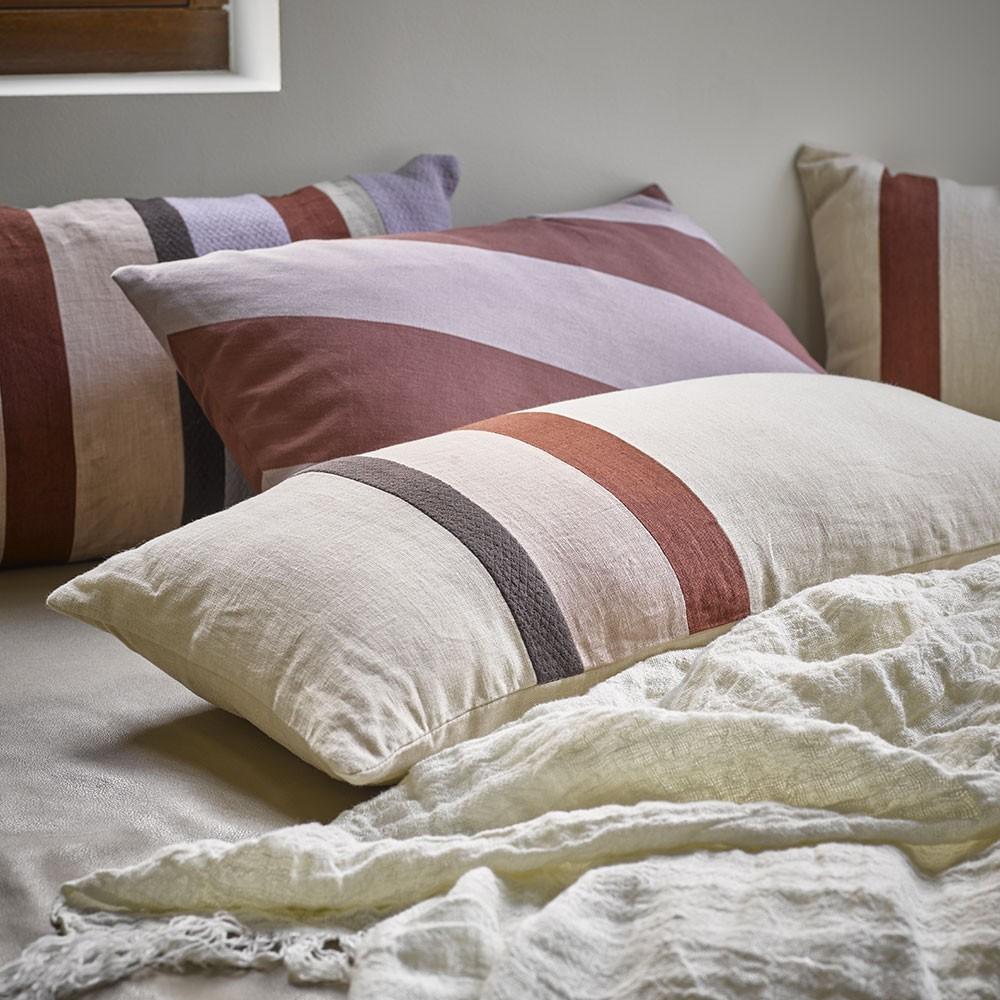 Linen striped cushion B HKliving