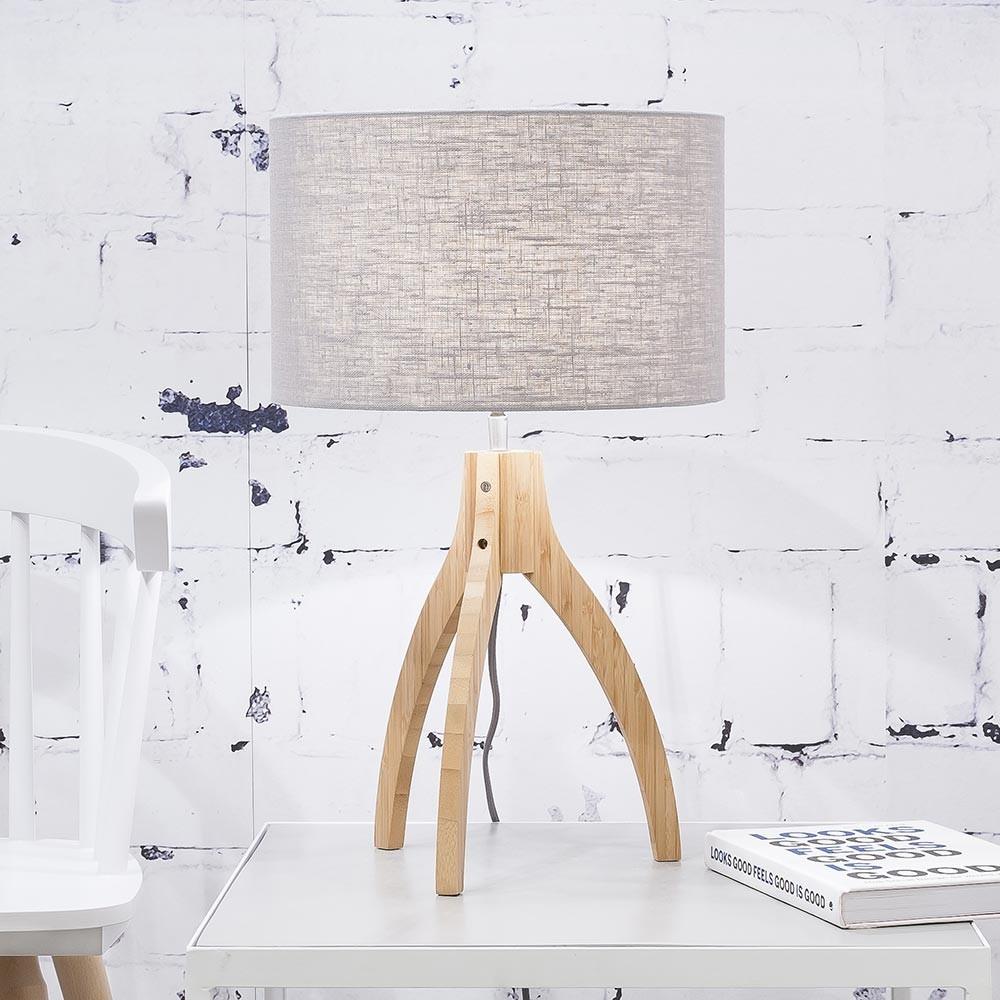 Tafellamp Annapurna in lichtgrijs linnen Good & Mojo