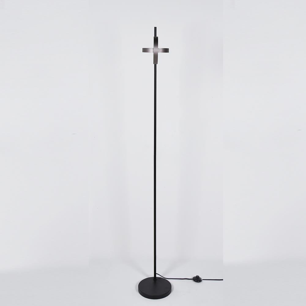 Plus floor lamp ENOstudio
