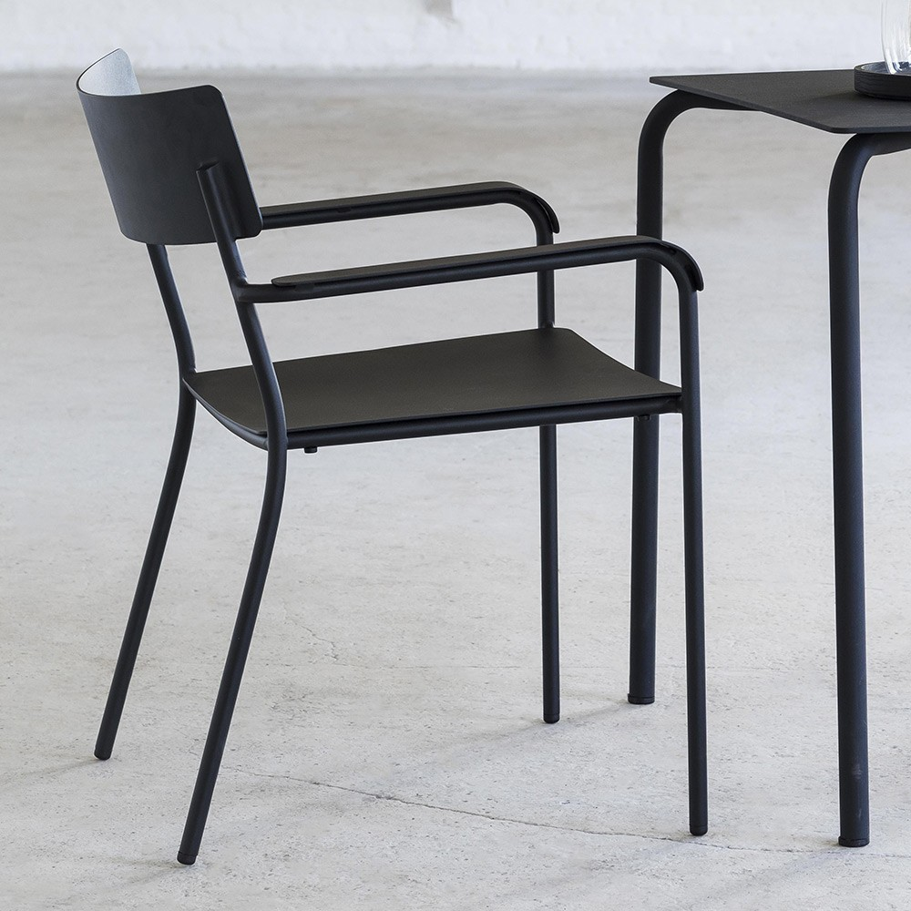 August dining chair black with armrests Serax