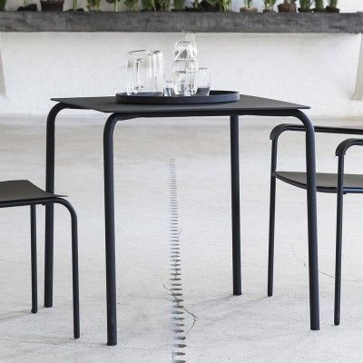 August table black Serax