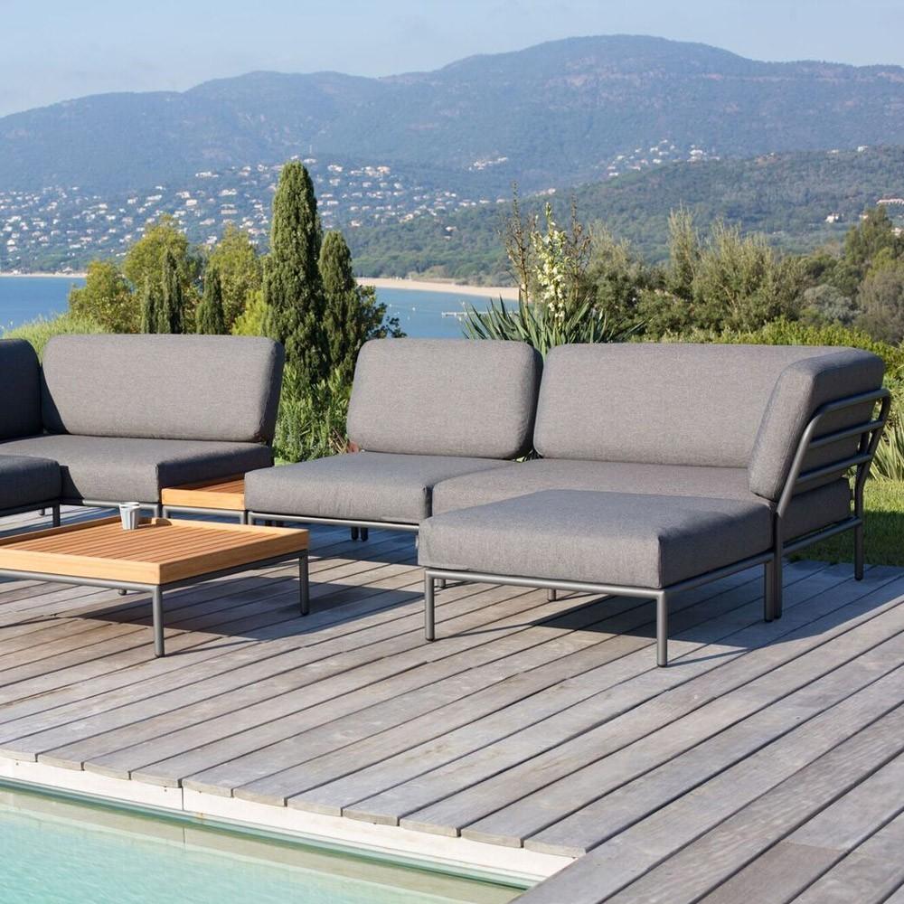 Level lounge ottoman beige Houe