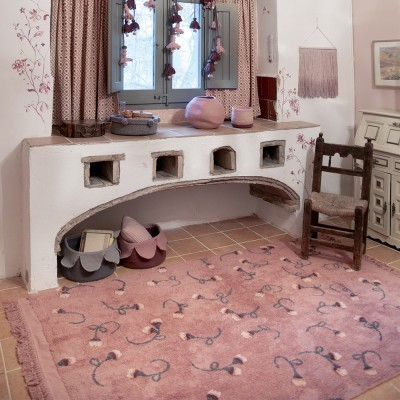 Washable rug English Garden ash pink Lorena Canals