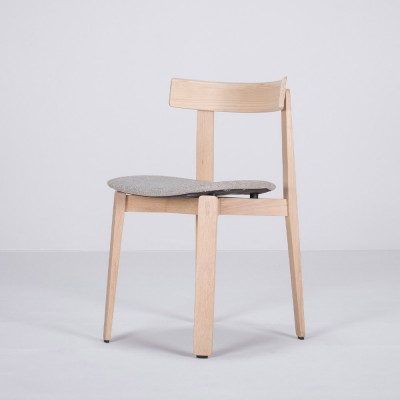 Nora chair oak & sand fabric Gazzda