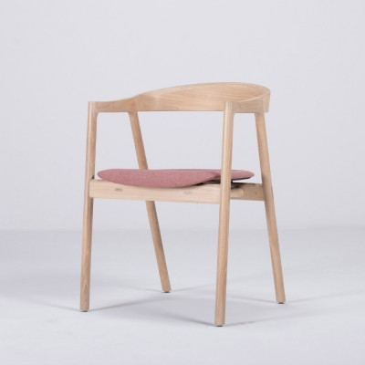 Muna chair oak & red fabric Gazzda