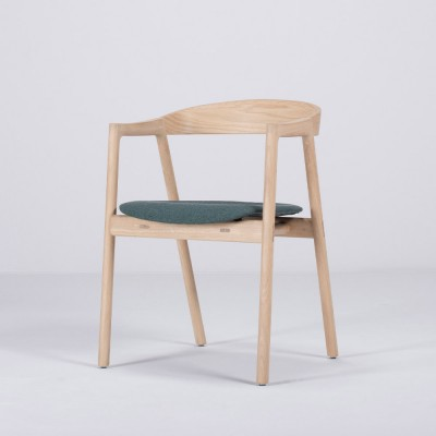Muna chair oak & dark green fabric Gazzda