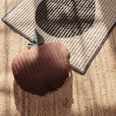 Coussin matelassé Apple