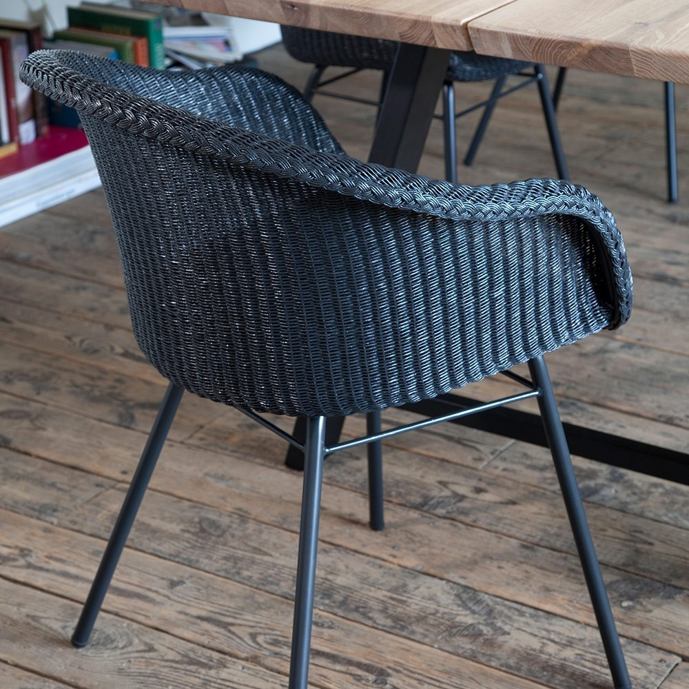 Avril dining chair steel A base Vincent Sheppard