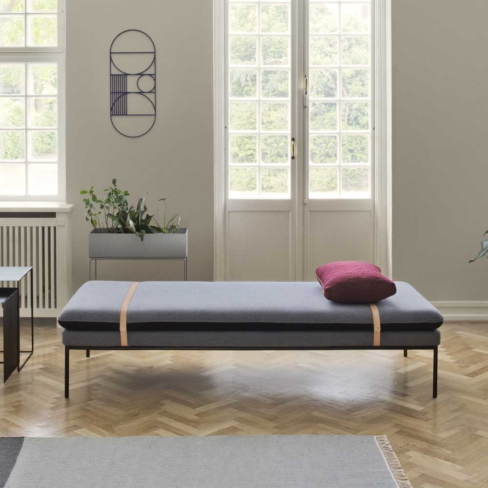 Daybed Turn donkergrijze wol Ferm Living
