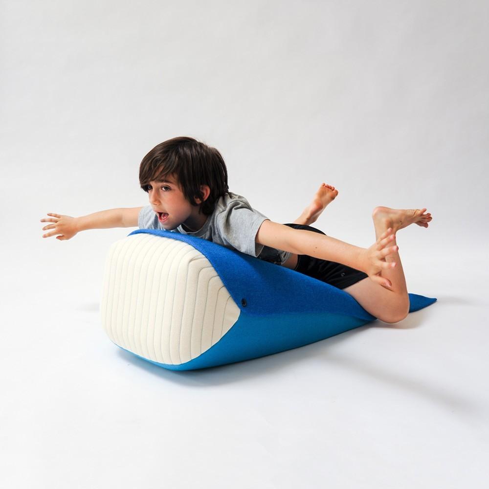 Walviskussen en speelgoed EO