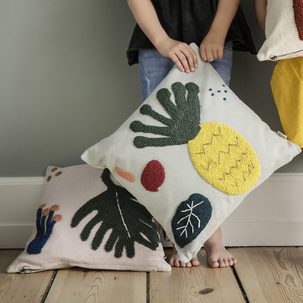 Leaf cushion Ferm Living