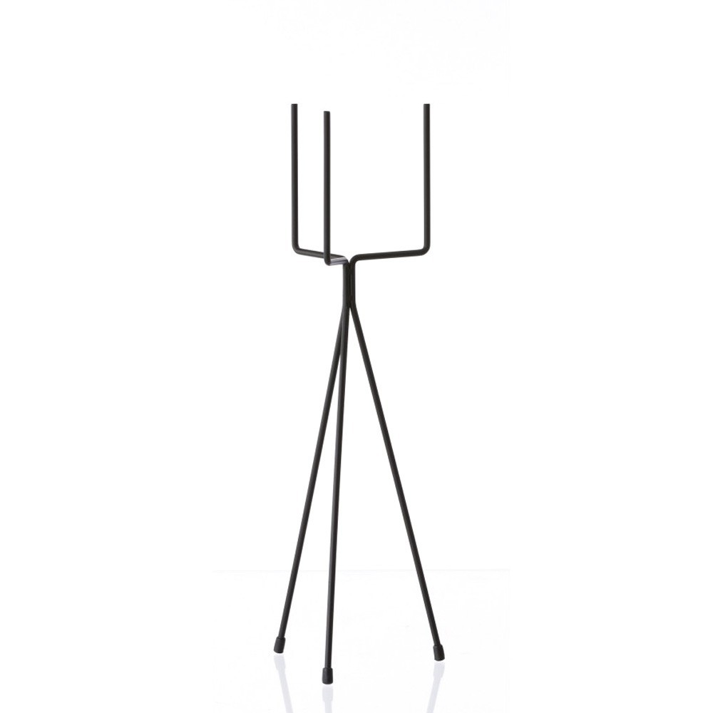 Plant stand black low Ferm Living