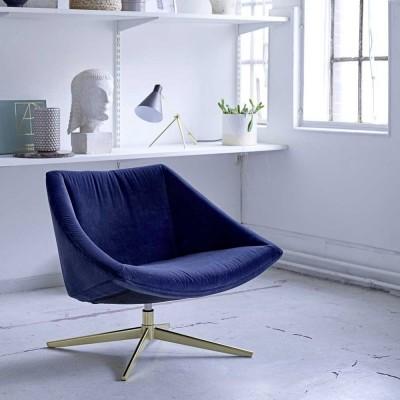 Elegante poltrona blu