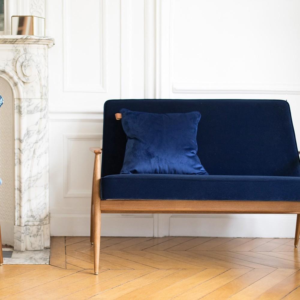 Fox sofa Velvet indigo 366 Concept