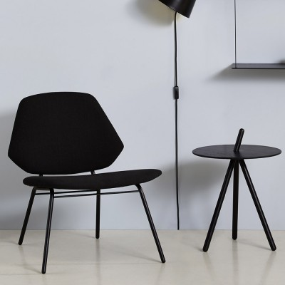 Lounge chair Lean black Woud
