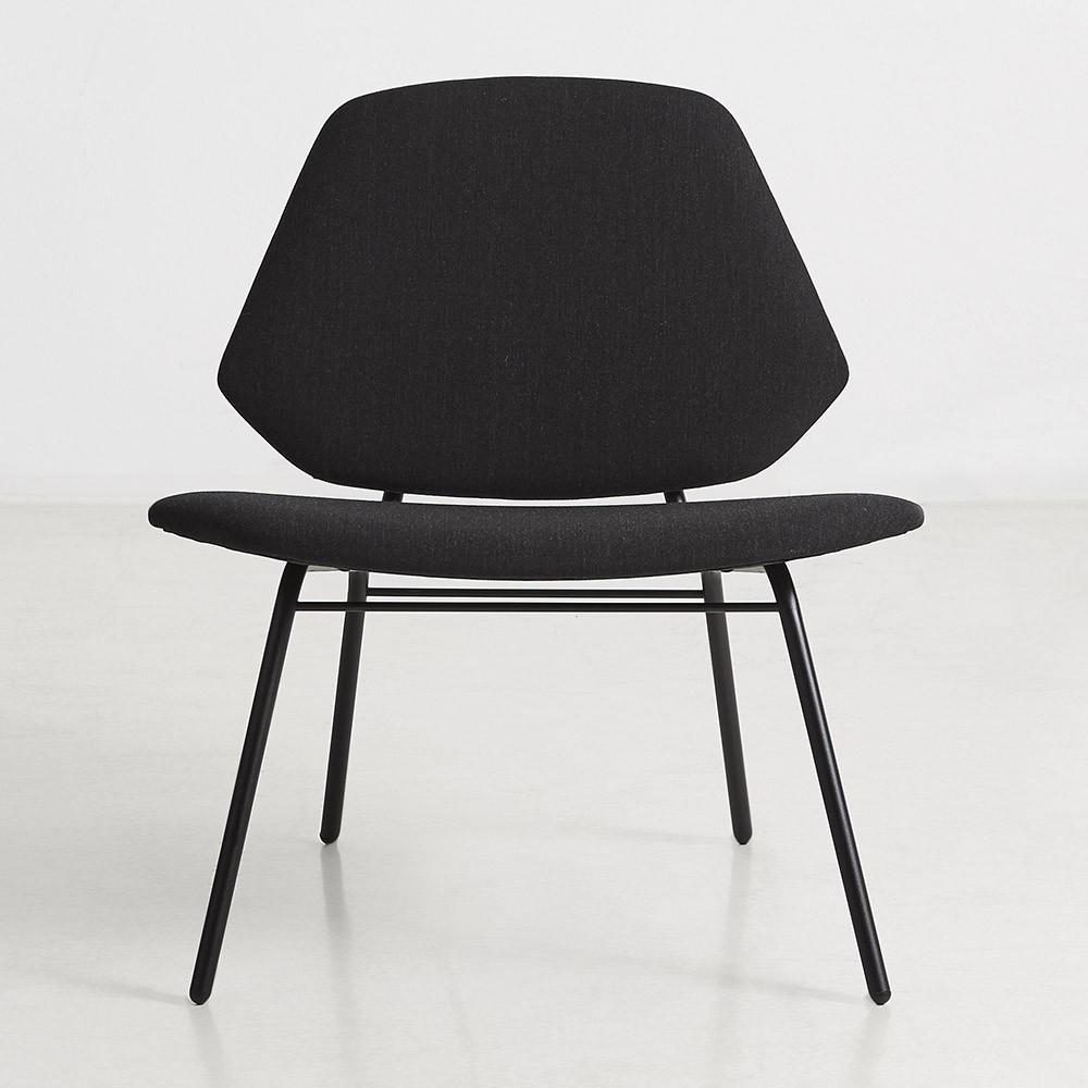 Lounge chair Lean black Woud