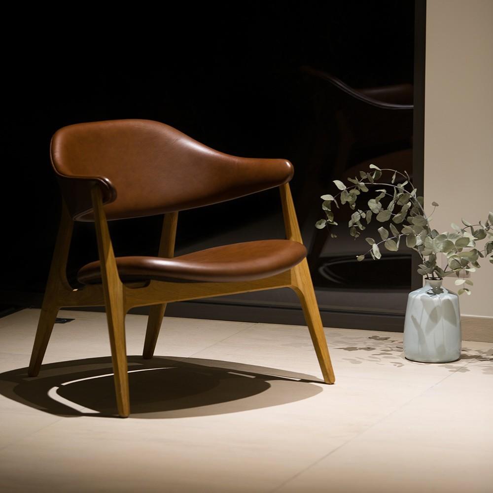 Spän lounge chair Kelato brown Camo leather Houe