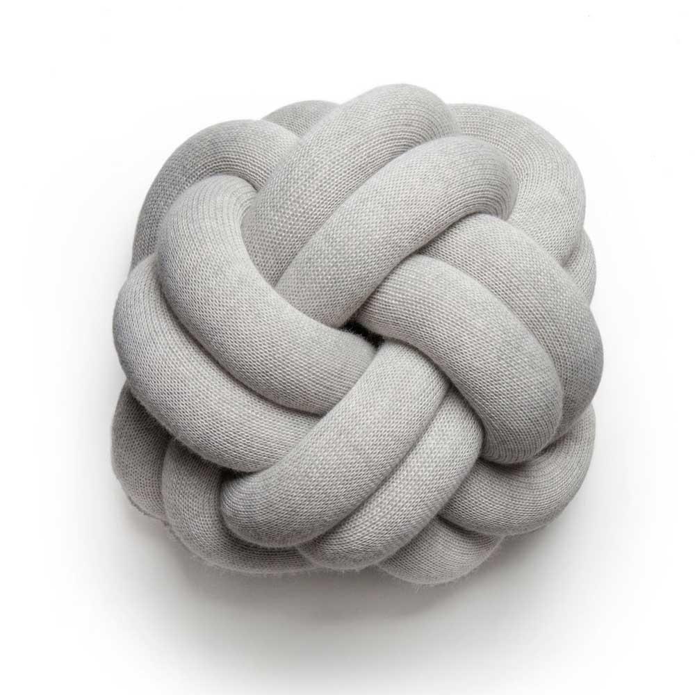 Cojín nudo gris claro Design House Stockholm