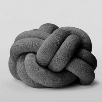 Knoopkussen grijs