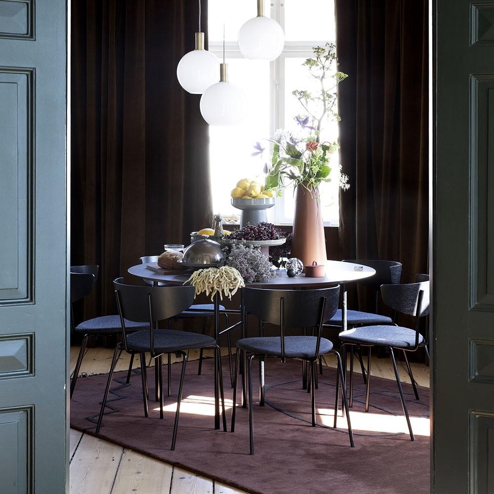 Chaise Herman noir & gris foncé Ferm Living